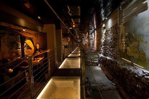 38021 cracovia il museo sotterraneo di cracovia