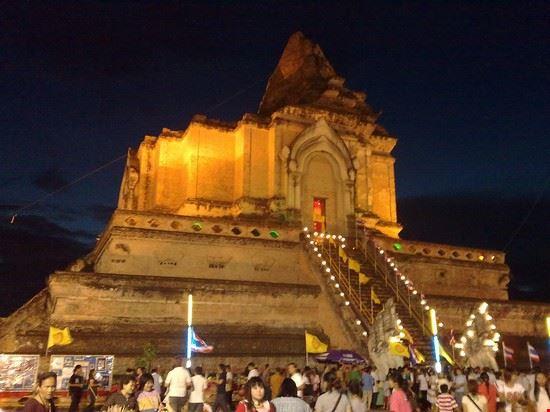 chiang mai wat chedi luang during tam boon khan dok inthakin city pillar festival