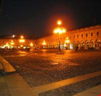 piazza serale vigevano