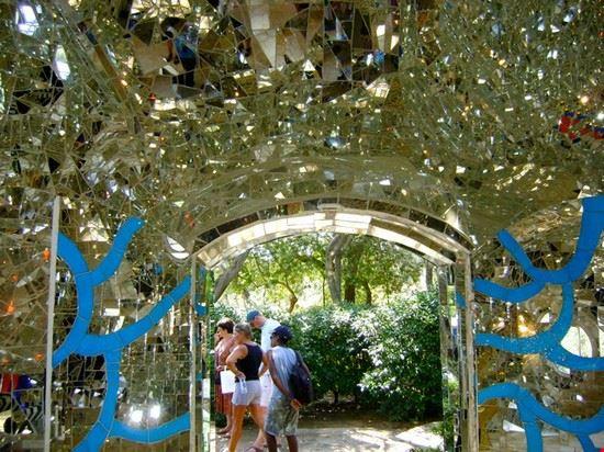 Foto giardino dei tarocchi a capalbio 550x412 autore marianna daniele 9 di 16 - Giardino dei tarocchi capalbio ...