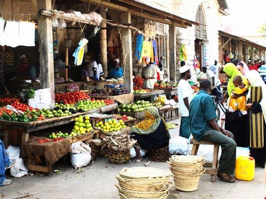 39760 frutta e verdura a stonetown zanzibar