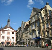 bad kissingen marktplatz in bad kissingen mit altem rathaus