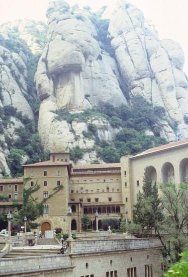 Foto monastero benettino di montserrat a barcellona for Villaggi vacanze barcellona