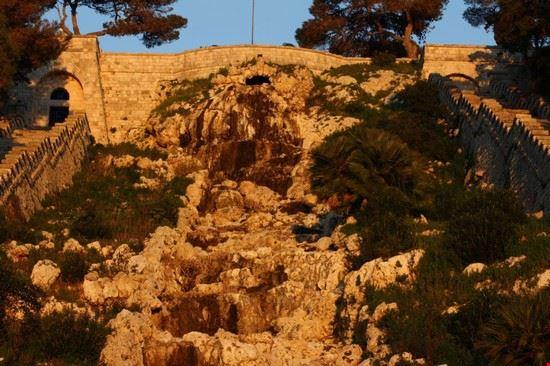 Leuca - cascata monumentale
