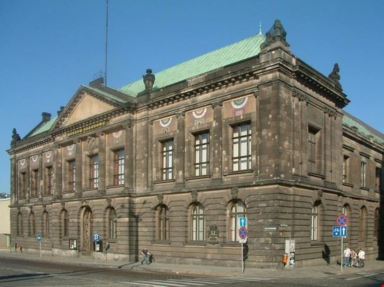 40977 poznan national museum
