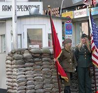 41013 berlin checkpoint charlie