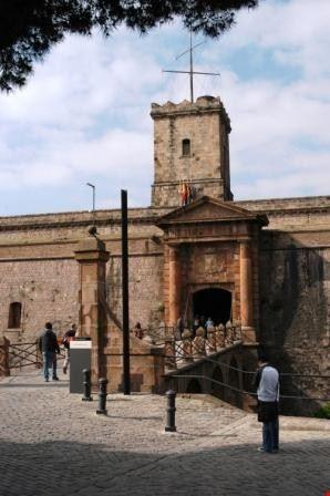 41308 il castello di  montjuc barcellona