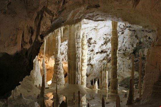41421 genga grotte di frasassi
