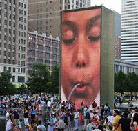 41429 chicago fontana di millennium park