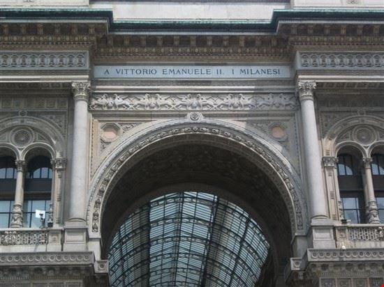41487 galleria vittorio emanuele ii arco d ingresso milano