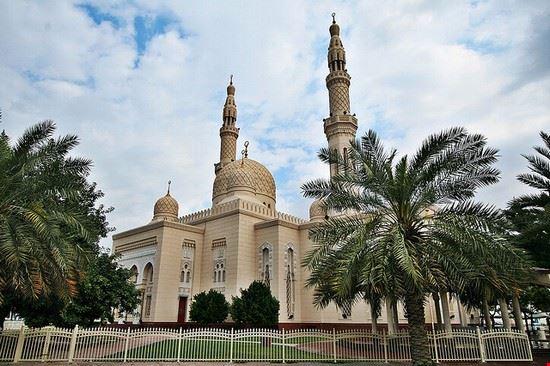 41917 dubai jumeirah mosque