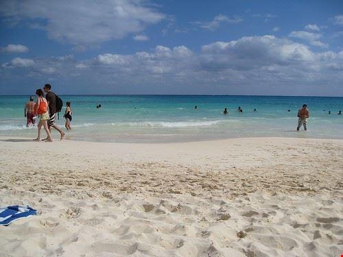 41919 playa del carmen beaches