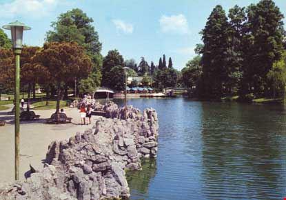 Foto giardini margherita il laghetto a bologna 415x290 for Laghetto i giardini