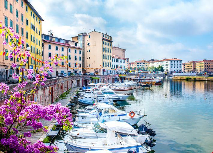 Foto la venezia a livorno info for Arredamenti livorno