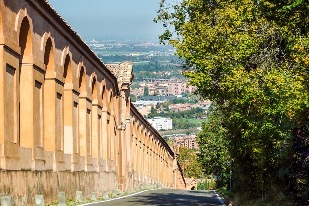 Il porticato di San Luca