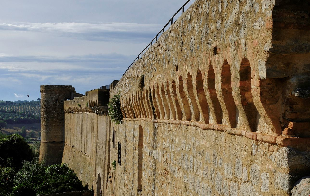 Mura di Magliano