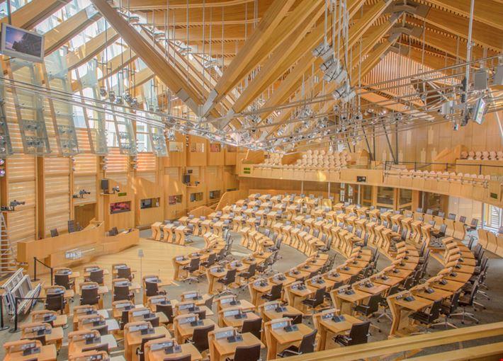 Foto parlamento a edimburgo info for Parlamento on line