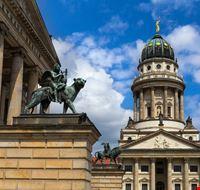 424011701180225 Berlino 278437586