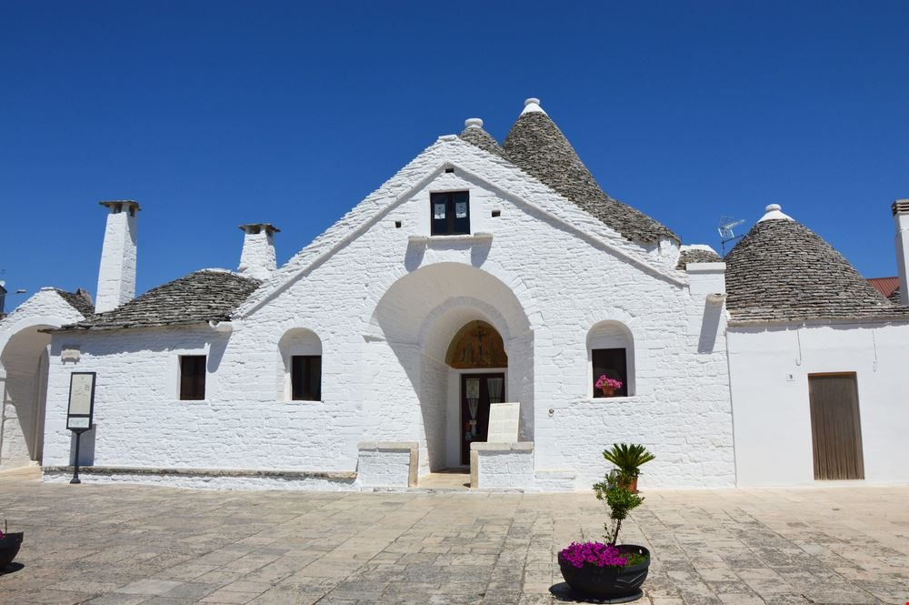424011906181236 Alberobello 701474584