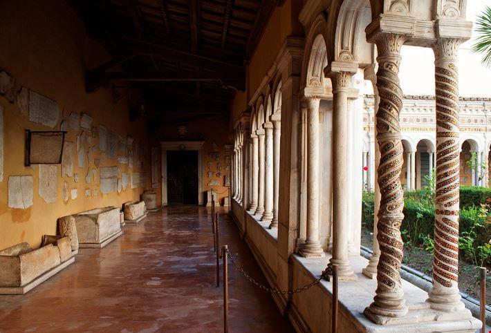 Chiostro Basilica di San Paolo