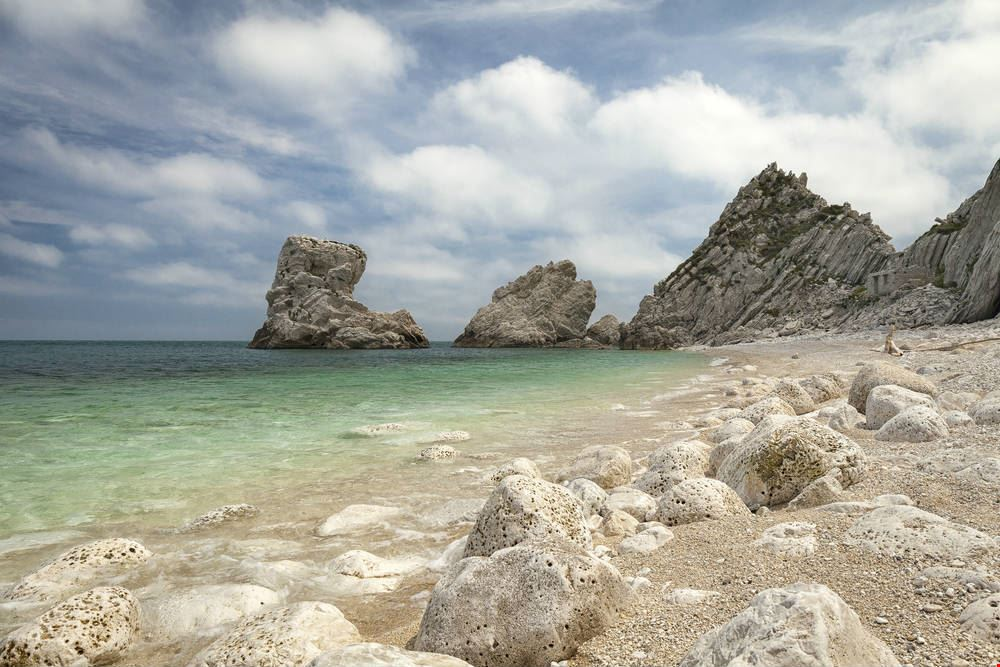 Spiaggia le due Sorelle