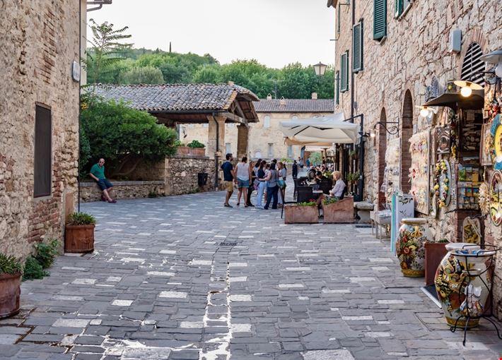 Foto Bagno Vignoni a Castiglione d\'Orcia - {info}