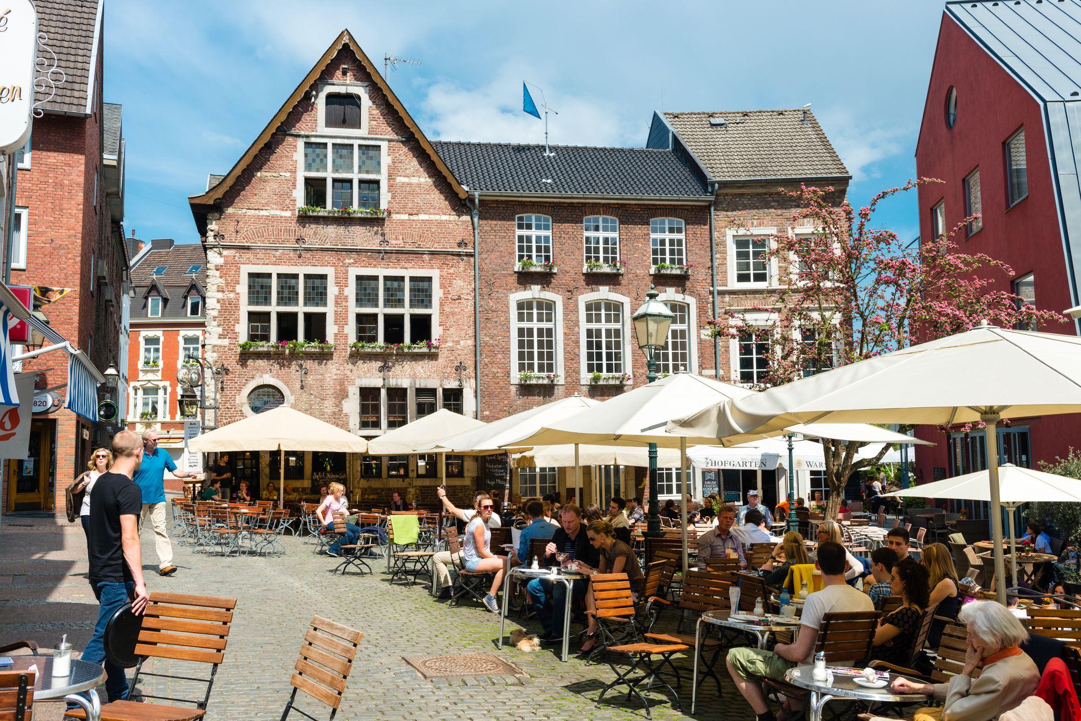 Aachen (Aquisgrana)