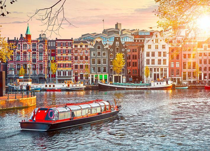 Dal 2020 Amsterdam avrà la tassa di soggiorno più costosa d ...