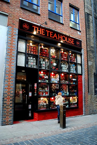 the tea house london einkaufen in london. Black Bedroom Furniture Sets. Home Design Ideas