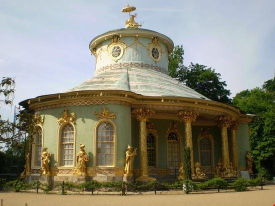 pagoda della drachenhause potsdam