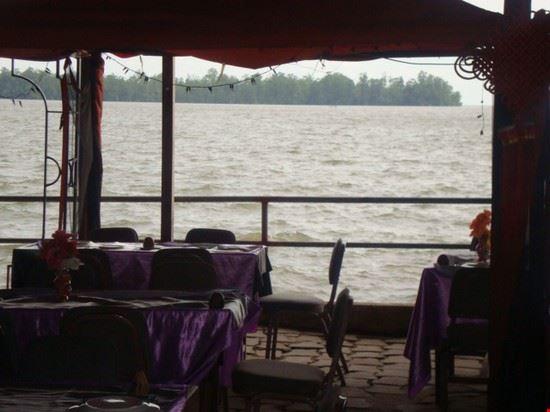 Sea Side Restaurant