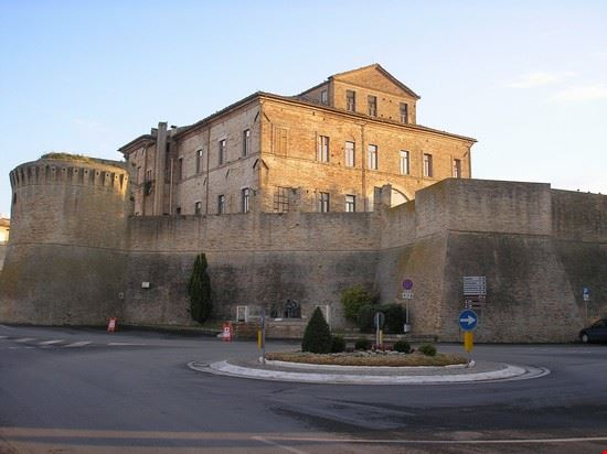 ingresso centro storico offida