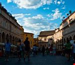 Piazza del Popolo durante il mercatino 2