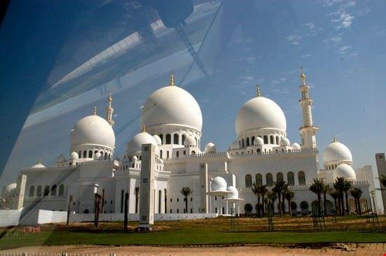 44526 moschea abu dhabi