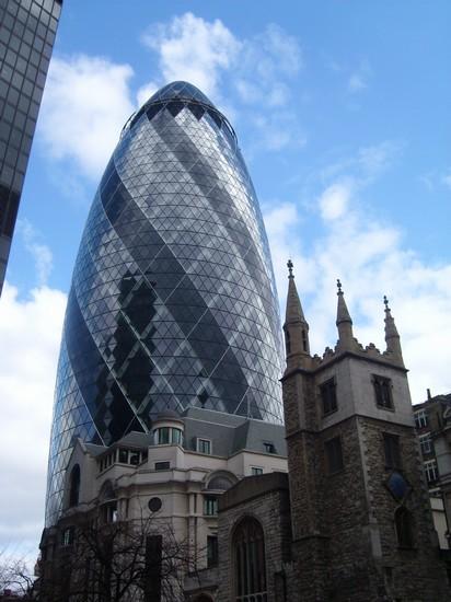Foto Antico E Moderno A Londra - 412x550