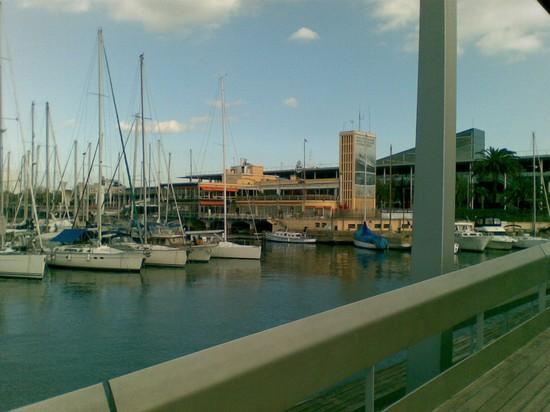 Foto porto di barcellona direzione acquario a barcellona for Villaggi vacanze barcellona