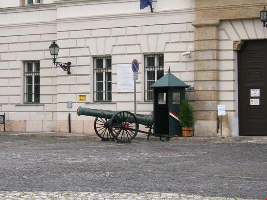 45608 i cannoni della cittadella budapest
