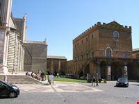 Tra il Duomo ed il Museo d'arte