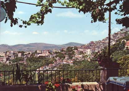 rocca di papa veduta parziale del centro abitato