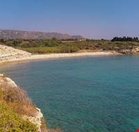 46452 avola spiaggia deserta di sassi