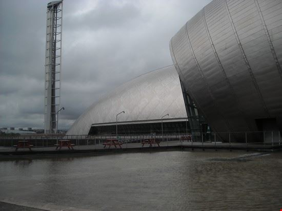 glasgow tower and  science centre glasgow