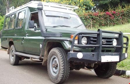 4WD car rental in Arusha