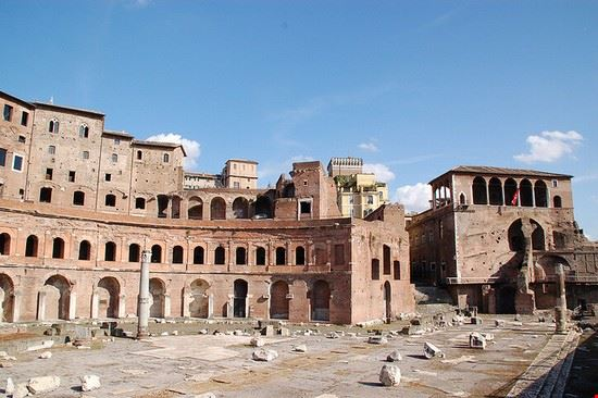 47656 roma mercati traianei
