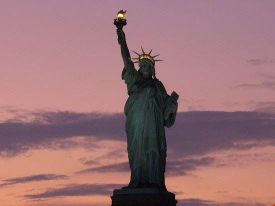 47698 statua della liberta new york