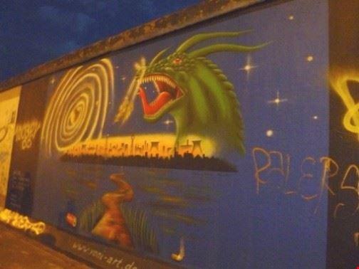 47955 berlino murales dell  east side gallery