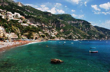 Foto la piccola spiaggia a positano 425x280 autore for Redazione italia