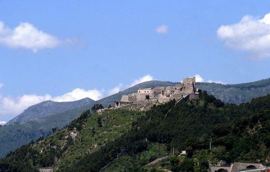 48526 castello di arechi salerno