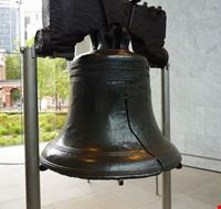 48853 philadelphia la liberty bell esposta