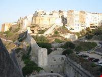 vista del centro storico bonifacio