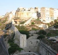 49107 vista del centro storico bonifacio